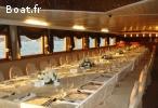 Navire restaurant 44m conçu pour 400 pax